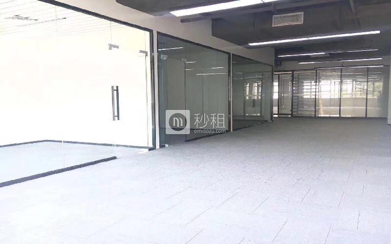 智酷空间-蛇口网谷-科技大厦写字楼出租283平米精装办公室89元/m².月