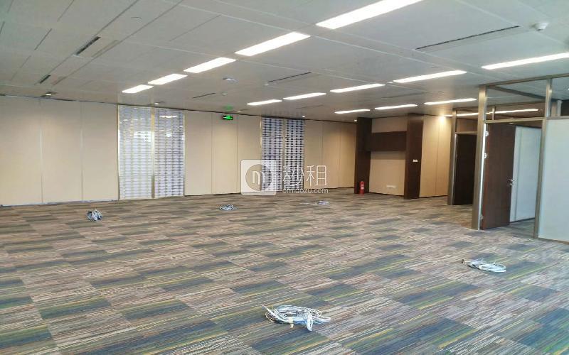 平安国际金融中心写字楼出租779平米精装办公室420元/m².月