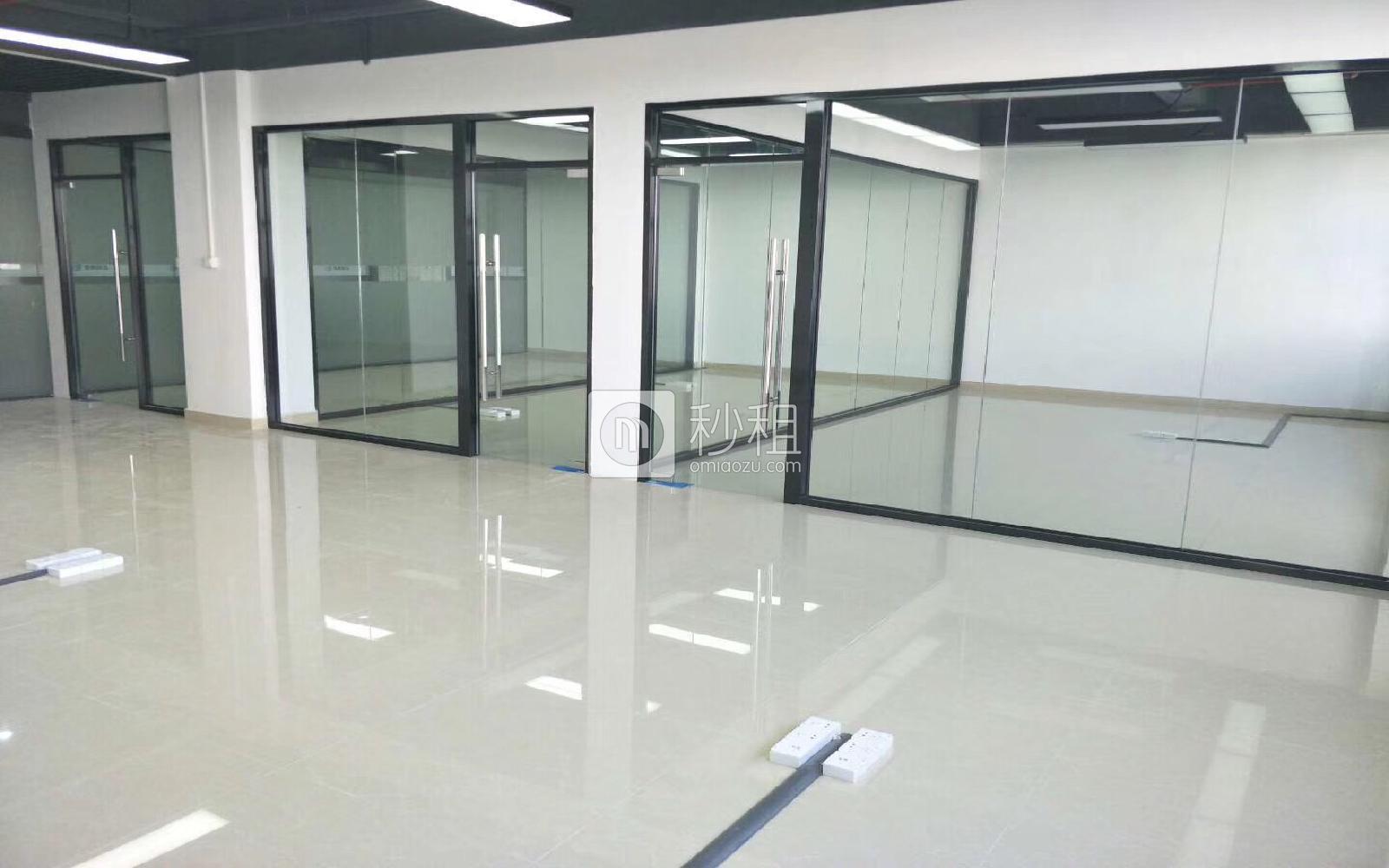 华盛泰科技大厦写字楼出租437平米简装办公室55元/m².月