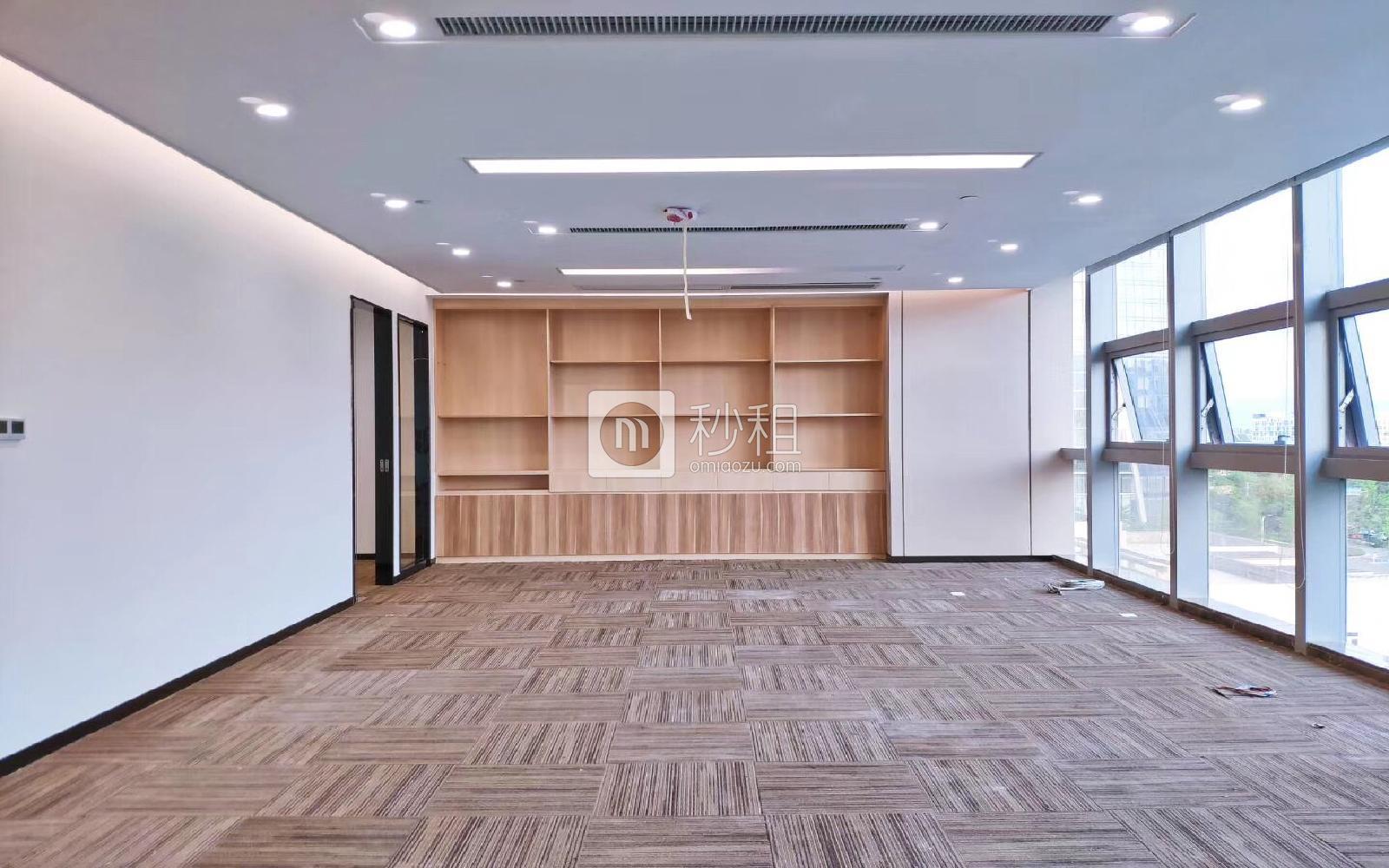 海王星辰大厦写字楼出租315.22平米豪装办公室155元/m².月