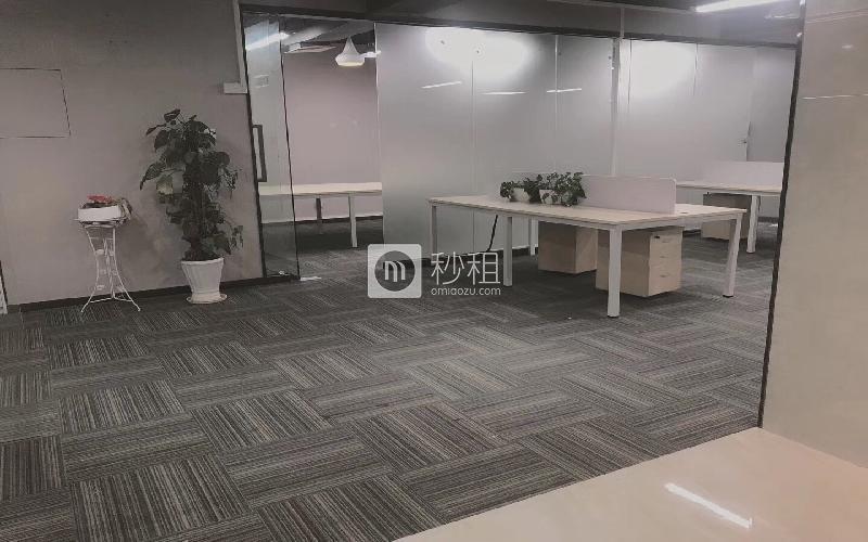 彩虹科技大厦写字楼出租430平米精装办公室62元/m².月