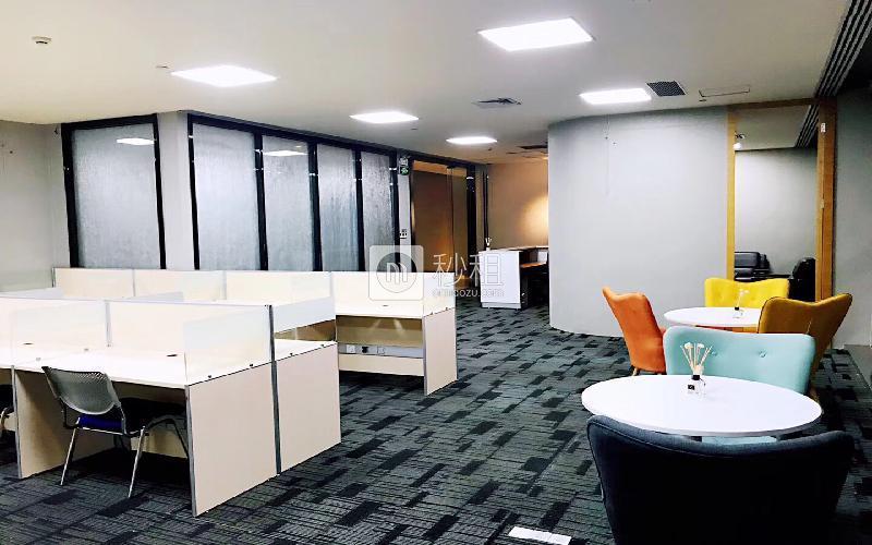 鸿隆世纪广场写字楼出租356平米精装办公室98元/m².月