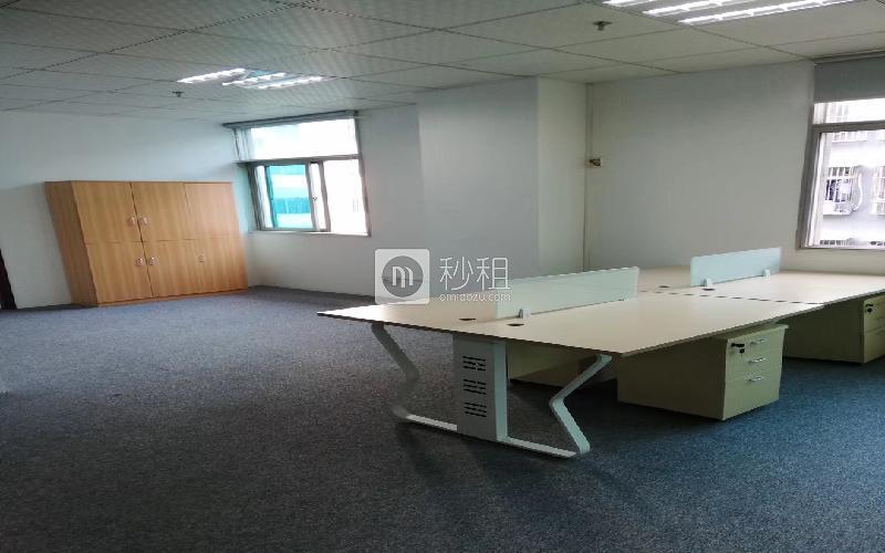 创客公馆写字楼出租180平米精装办公室75元/m².月