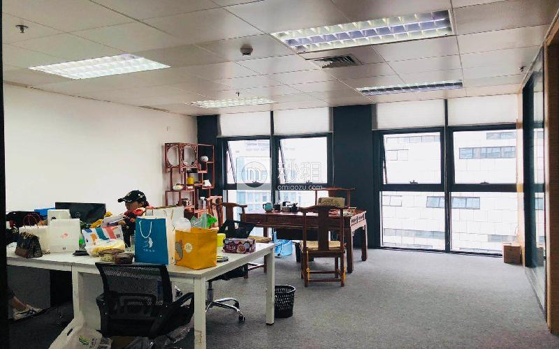 北科大厦写字楼出租168平米精装办公室105元/m².月