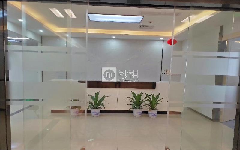华润城大冲商务中心写字楼出租822平米豪装办公室98元/m².月