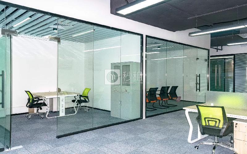 蛇口网谷-科技大厦写字楼出租216平米精装办公室78元/m².月