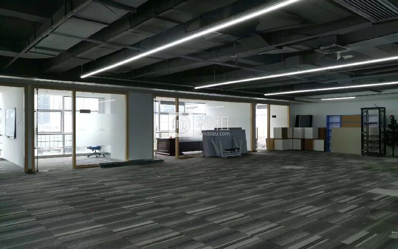 德赛科技大厦写字楼出租272平米精装办公室150元/m².月