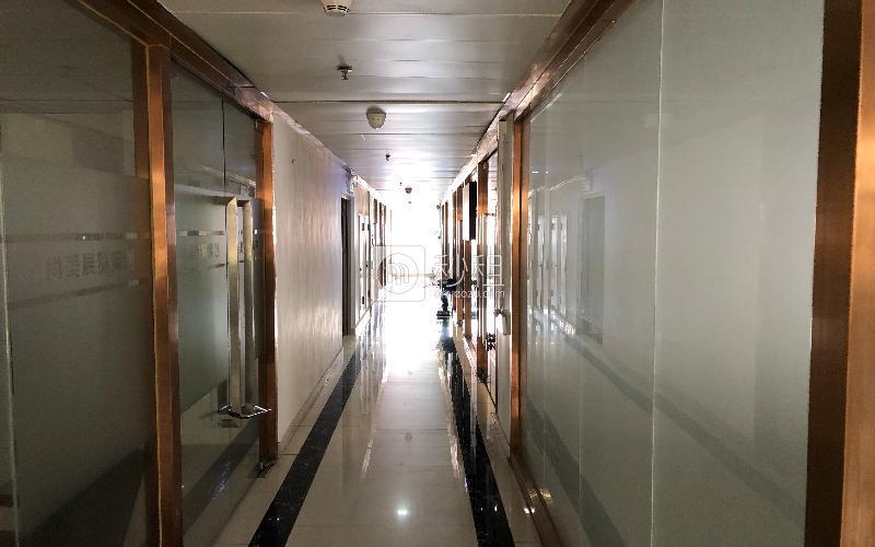 一格商务中心写字楼出租69平米简装办公室70元/m².月