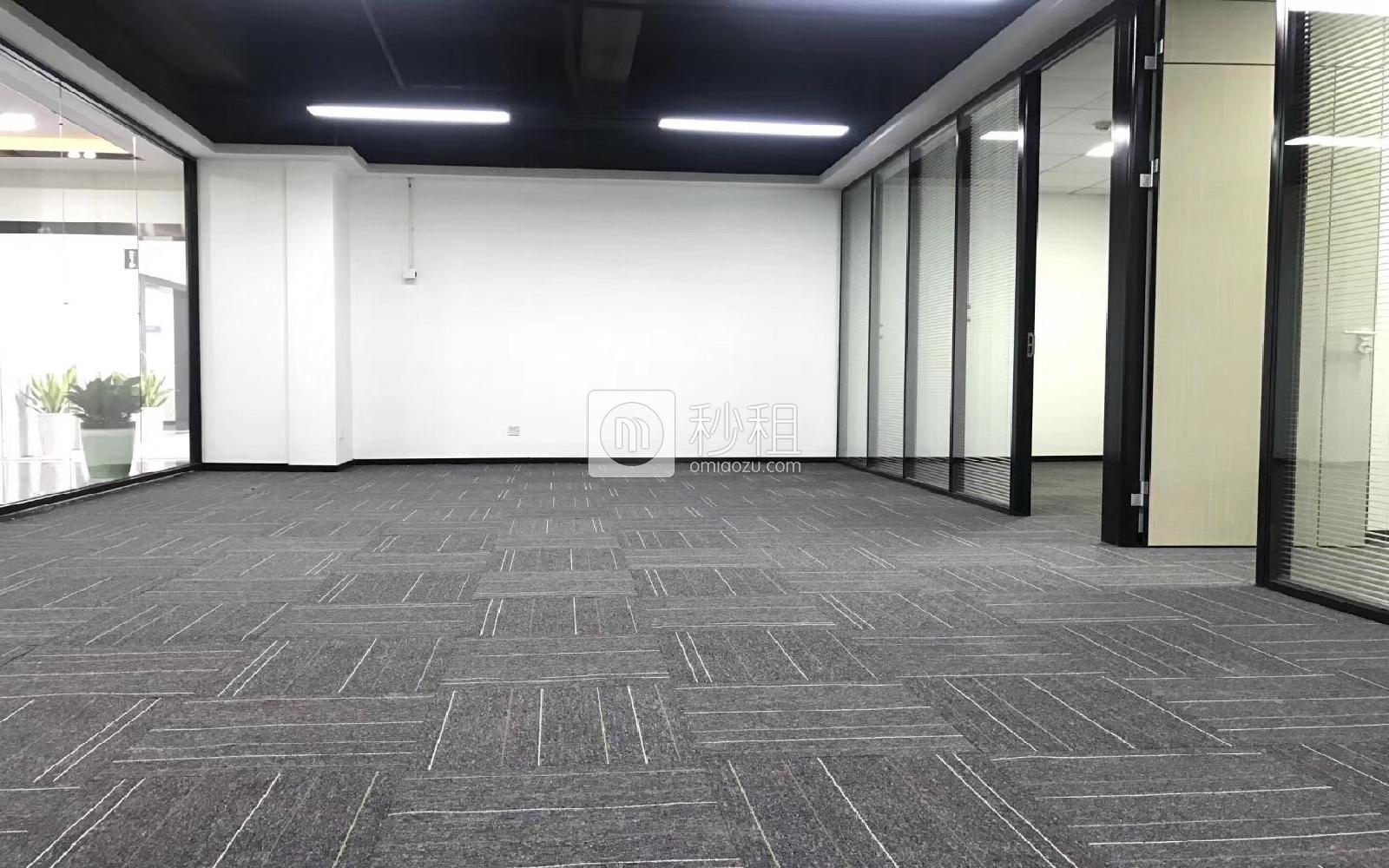 南山-科技园 虚拟大学园 216m²