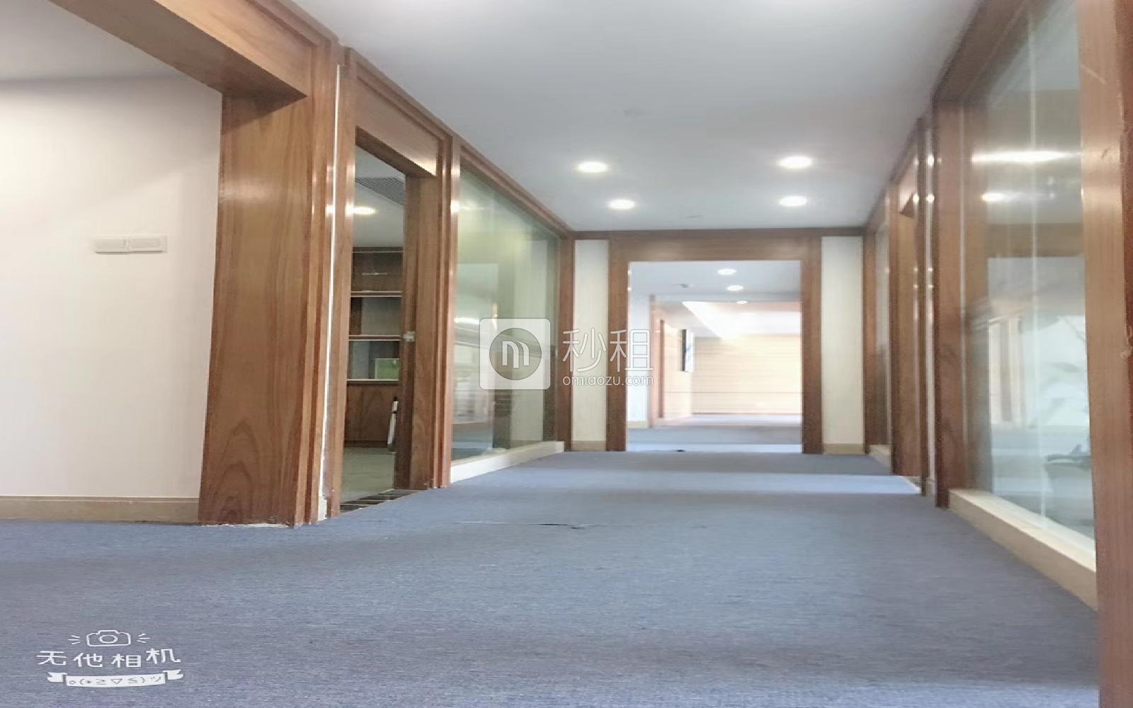横岗大厦写字楼出租488平米精装办公室69元/m².月