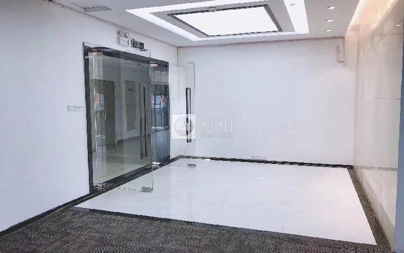 赋安科技大厦写字楼出租366平米精装办公室88元/m².月