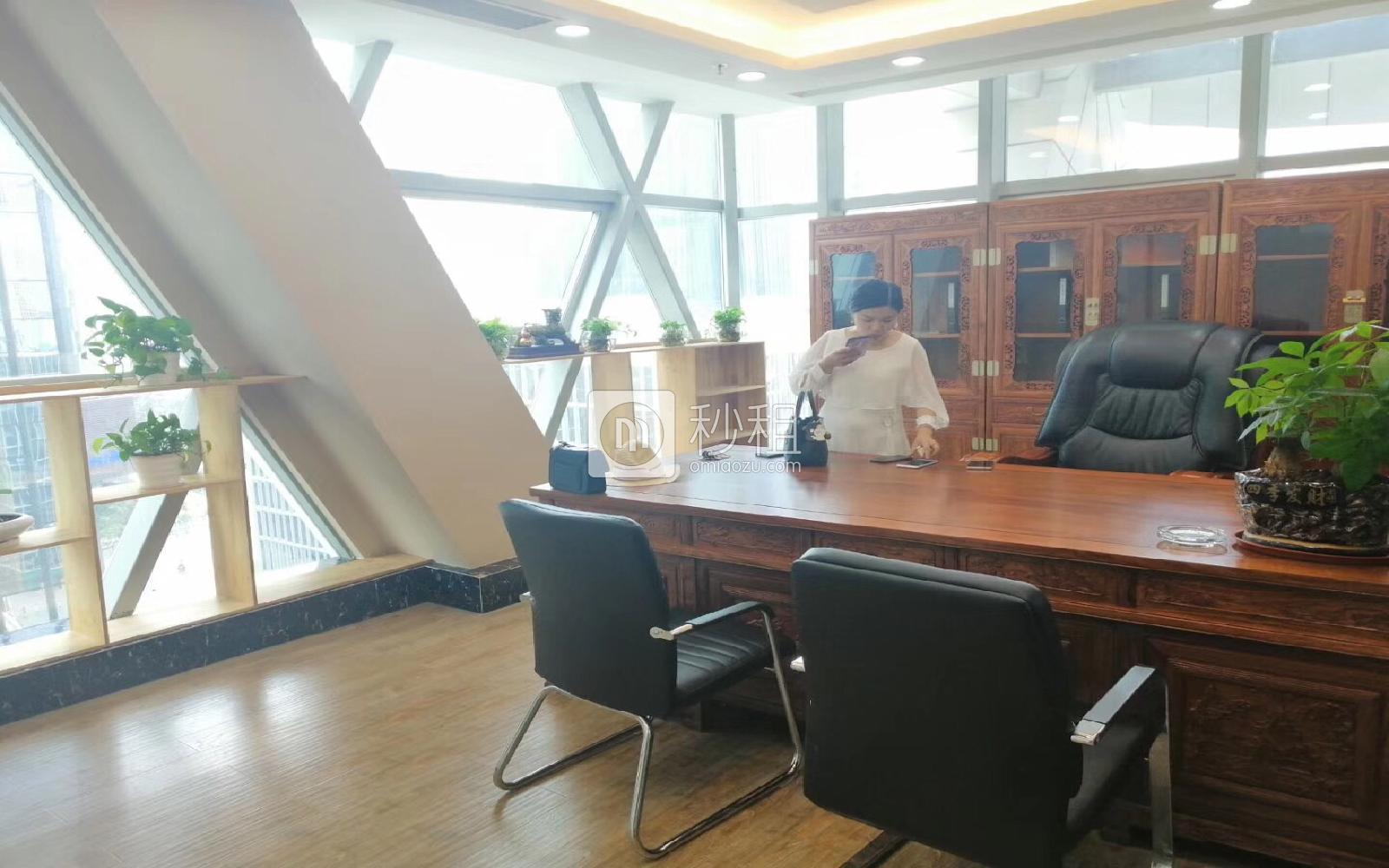 创业投资大厦写字楼出租298平米精装办公室150元/m².月