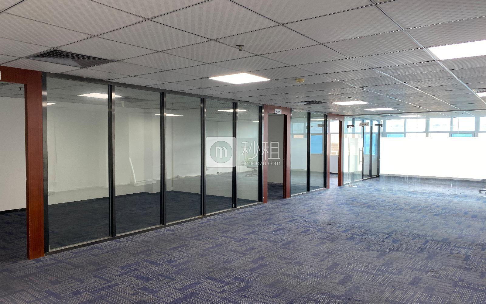 華瀚科技大廈寫字樓出租256平米精裝辦公室65元/m2.月