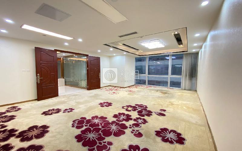 华润城大冲商务中心写字楼出租608平米豪装办公室100元/m².月