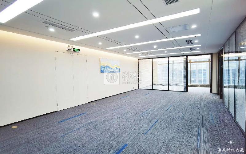 豪威科技大厦写字楼出租338平米豪装办公室88元/m².月