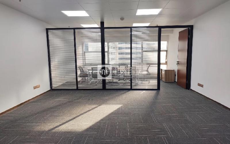 爵士大厦写字楼出租85平米精装办公室7800元/月