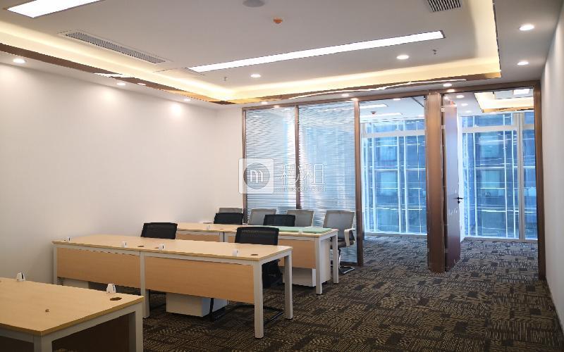 卓越前海壹号写字楼出租200平米精装办公室100元/m².月