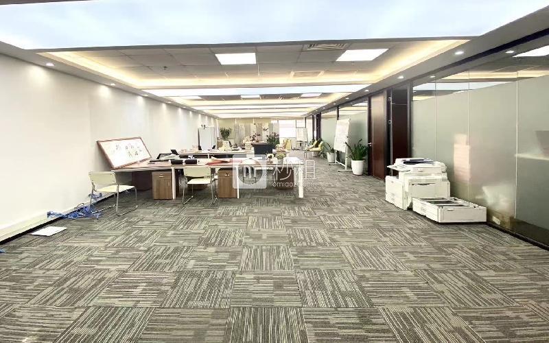 中科智宏大廈寫字樓出租401平米精裝辦公室88元/m2.月
