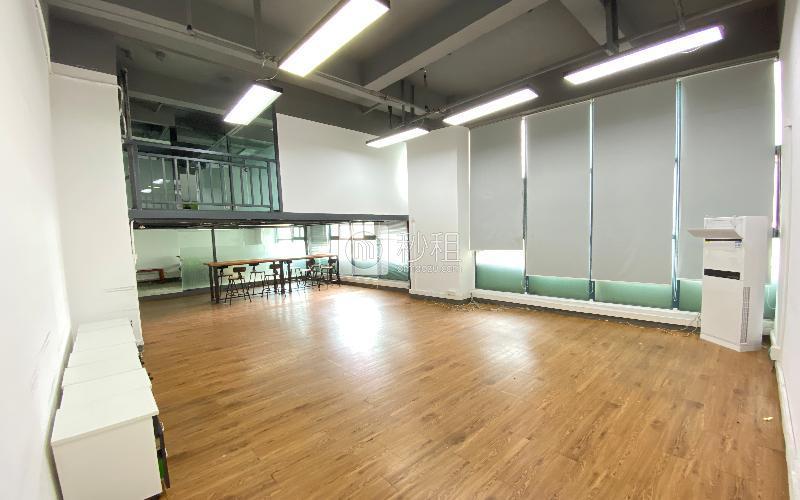 众里创业社区-御景湾写字楼出租234平米精装办公室75元/m².月