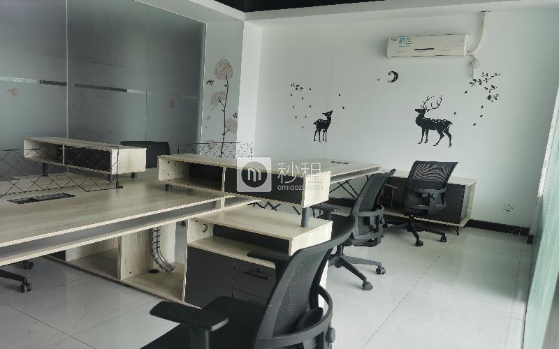 四方网盈创业港湾-广兴源海缤国际创意园写字楼出租80平米豪装办公室70元/m².月