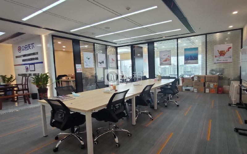 前海卓越时代广场写字楼出租268平米精装办公室99元/m².月