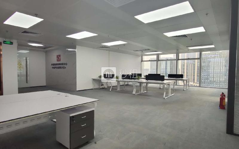 前海卓越时代广场写字楼出租288平米豪装办公室99元/m².月