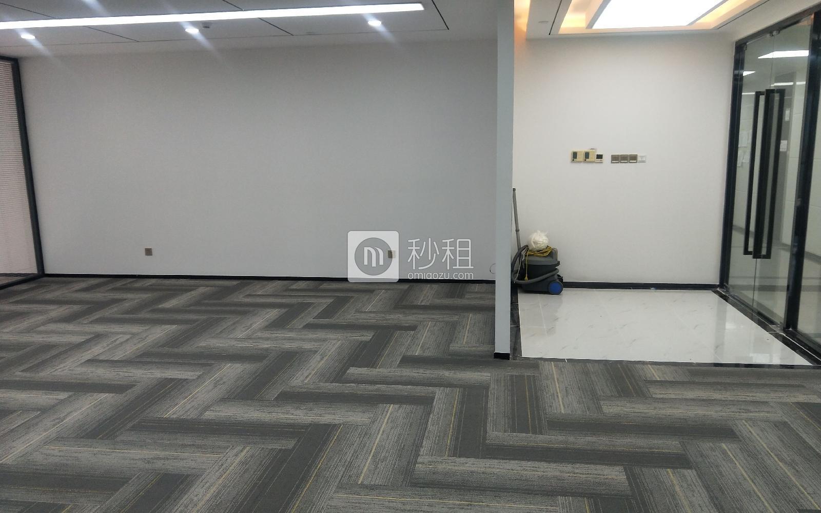 南山-科技园 华润城大冲商务中心 323m²