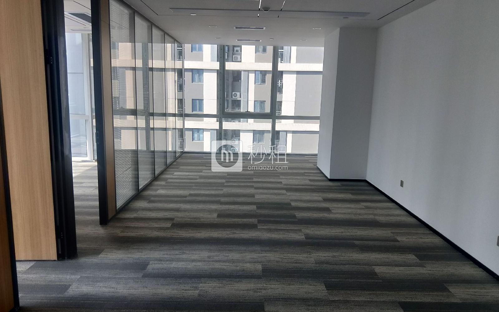 南山-科技园 华润城大冲商务中心 283m²