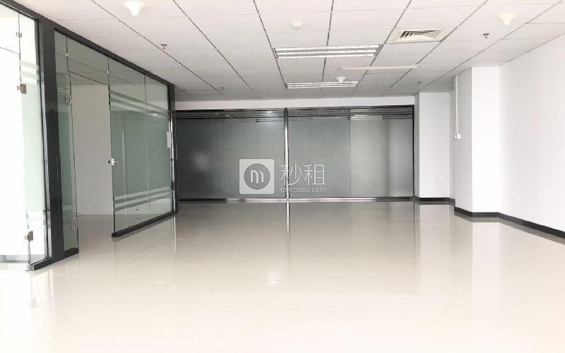 尚美中心大廈寫字樓出租140平米精裝辦公室75元/m2.月