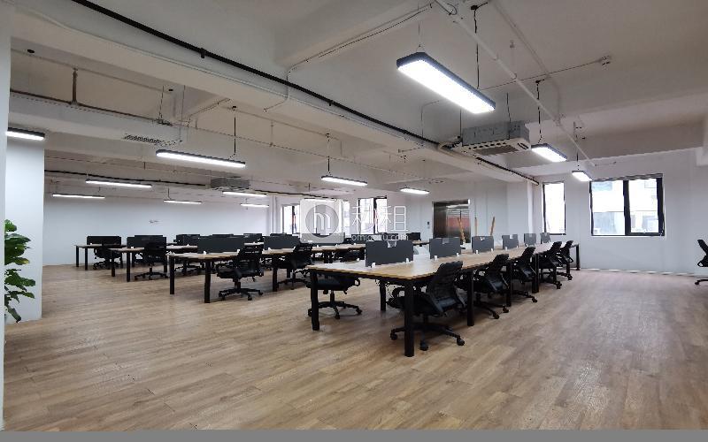 众里创业社区-洪浪北写字楼出租781平米精装办公室60元/m².月
