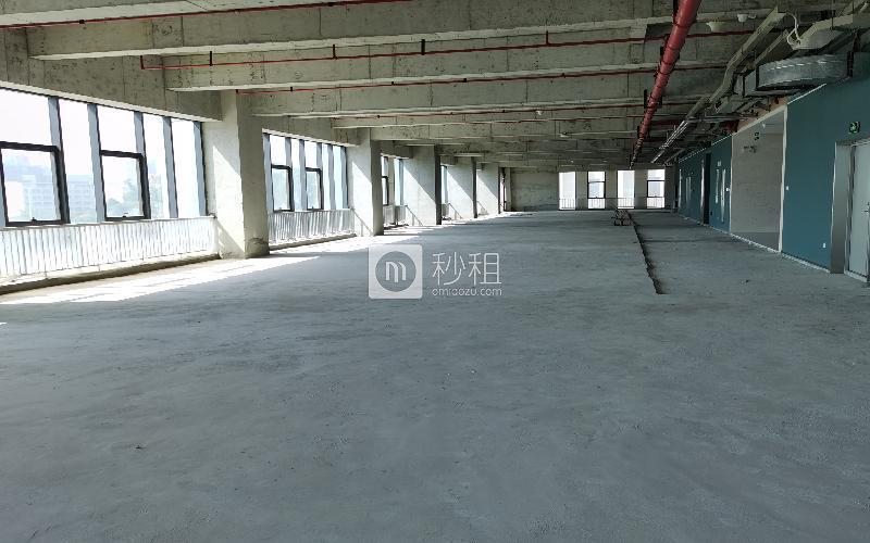 展辰大厦写字楼出租1872平米毛坯办公室45元/m².月