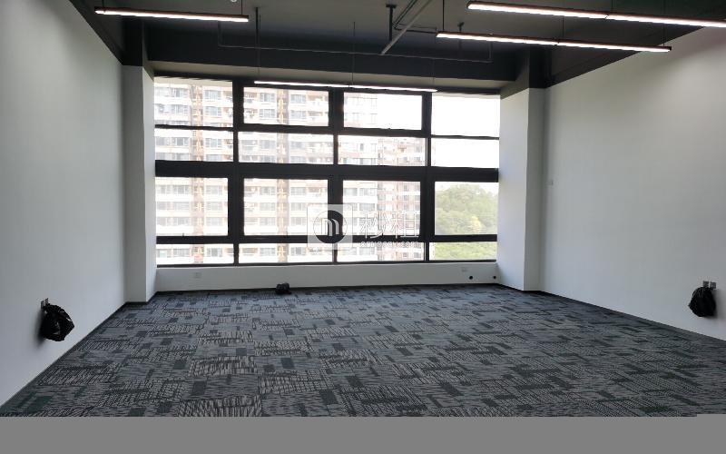 华强创意公园(华强Idea Park)写字楼出租77平米精装办公室65元/m².月