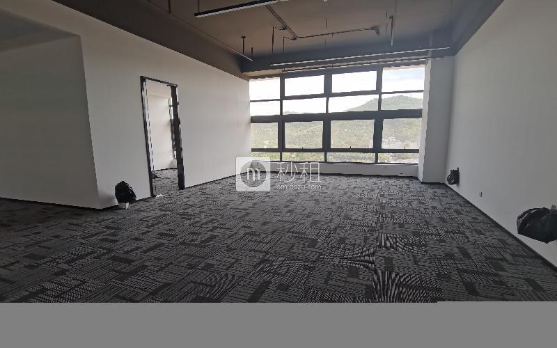 华强创意公园(华强Idea Park)写字楼出租172平米精装办公室65元/m².月