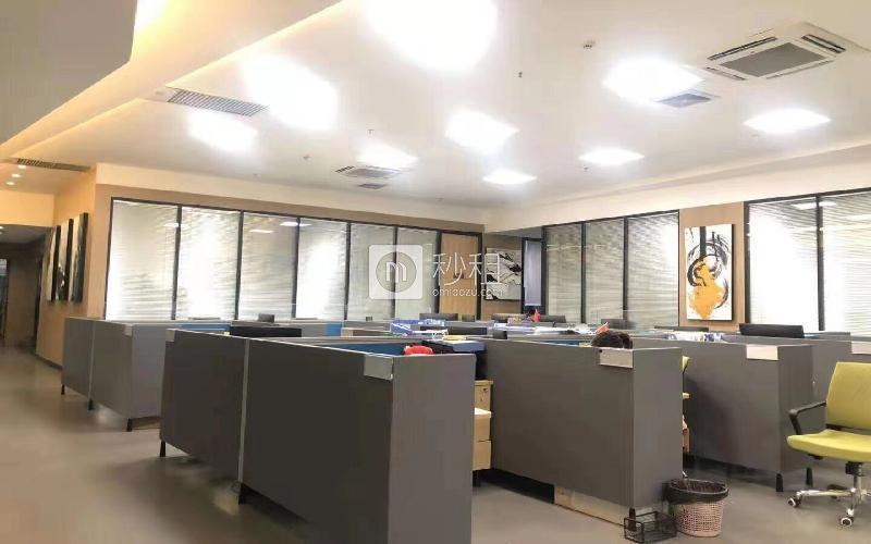 青年创业园写字楼出租726平米精装办公室70元/m².月