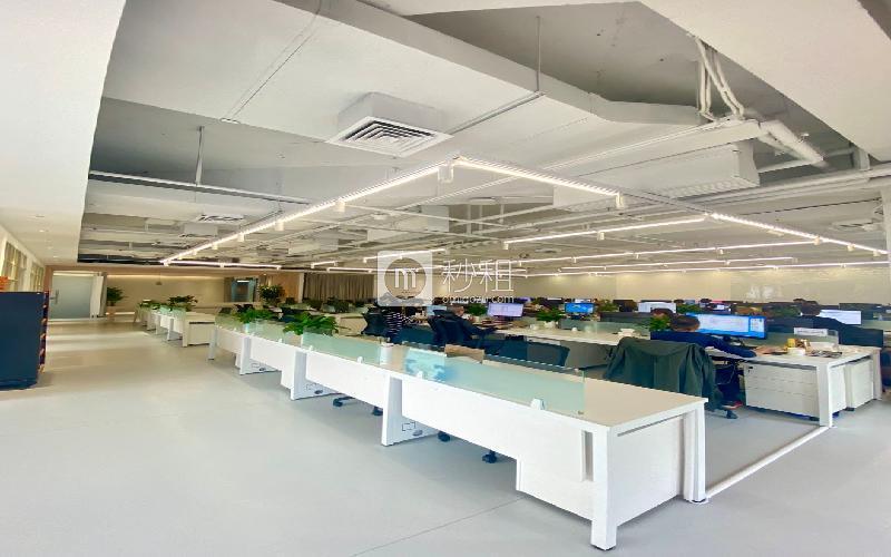 深圳湾科技生态园(三期)米6体育下载出租988平米精装办公室105元/m².月