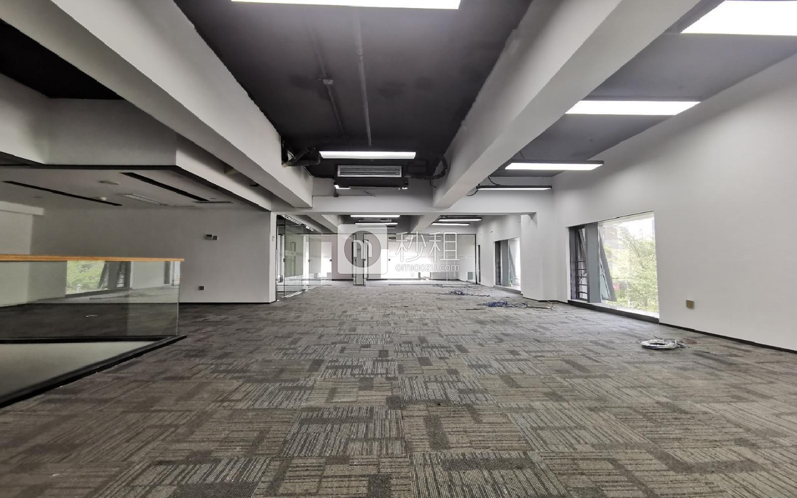 宝安-西乡 满京华·SOHO艺峦大厦 496m²