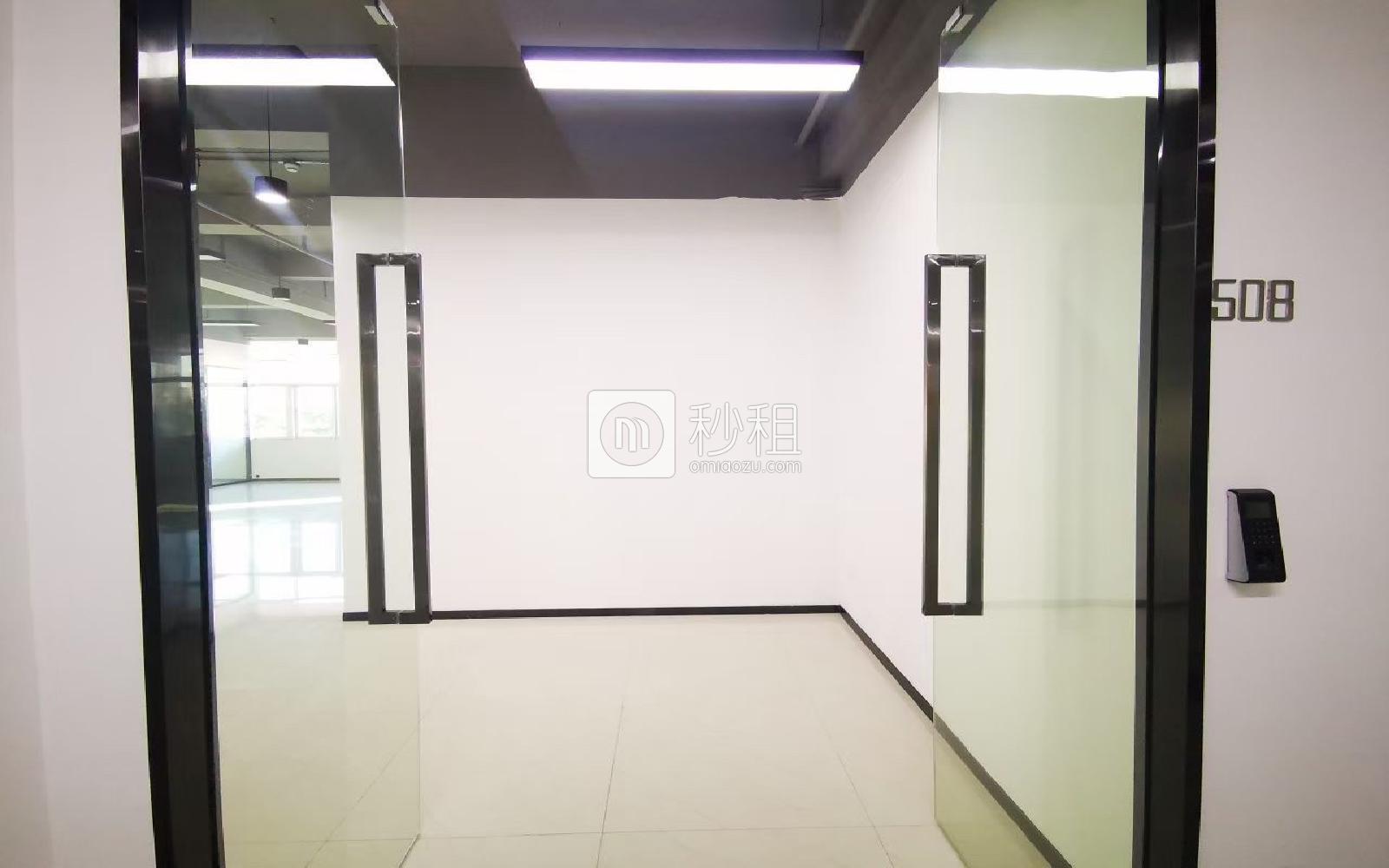 明亮科技园米6体育下载出租227平米精装办公室73元/m².月