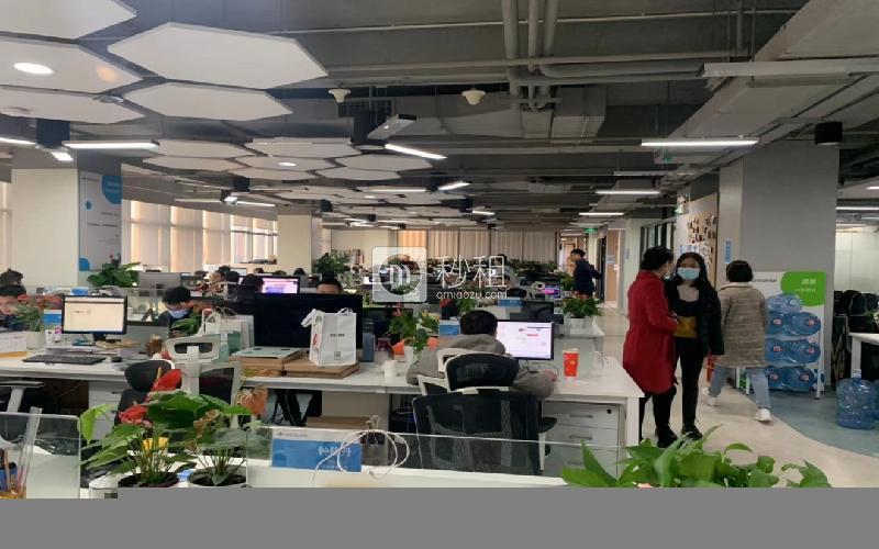 中科大厦写字楼出租753平米精装办公室168元/m².月