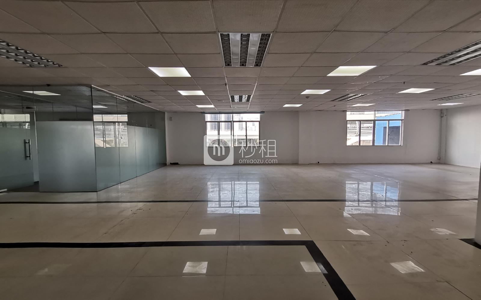 龙岗-龙岗中心城 草根创业园 438m²