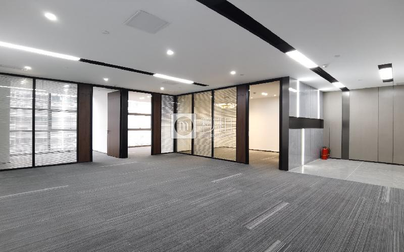 蘅芳科技大廈寫字樓出租188平米精裝辦公室90元/m2.月