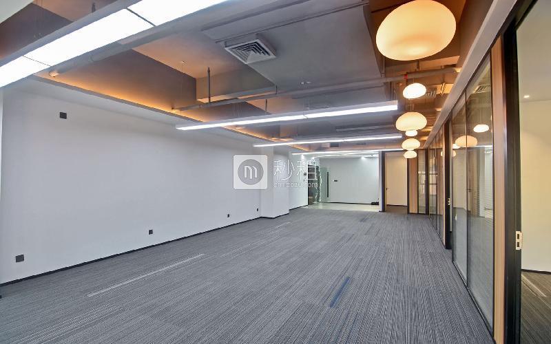 蘅芳科技大廈寫字樓出租311平米精裝辦公室100元/m2.月