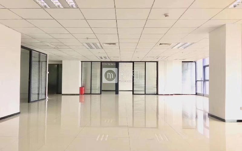 尚美中心大廈寫字樓出租380平米精裝辦公室75元/m2.月