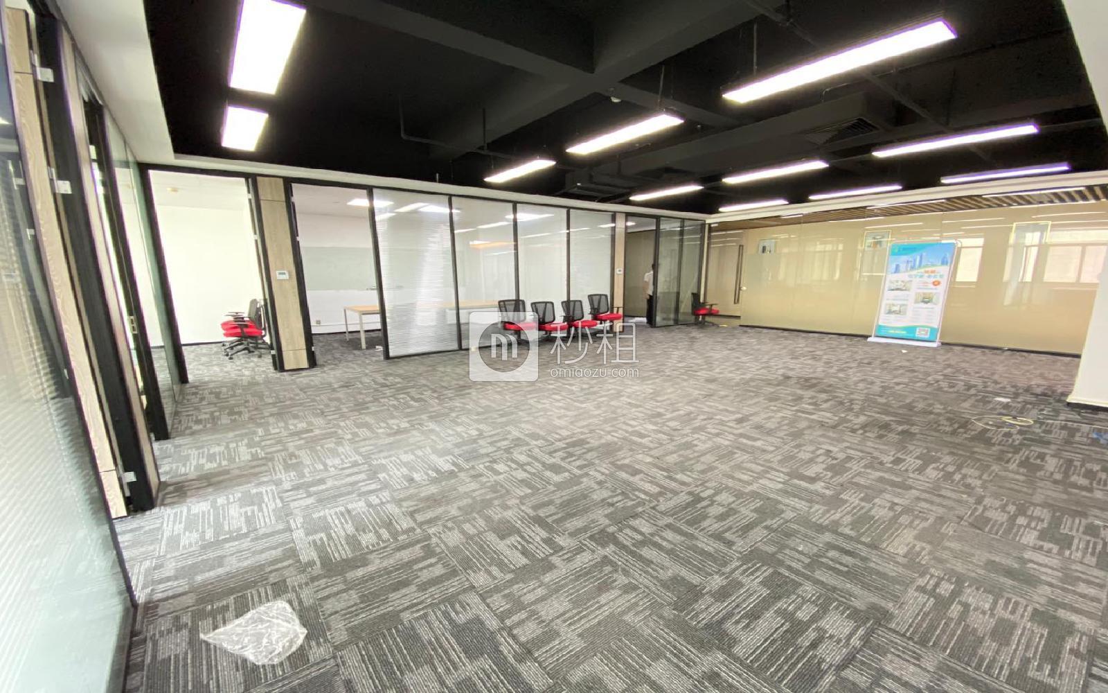 虚拟大学园写字楼出租583平米精装办公室65元/m².月