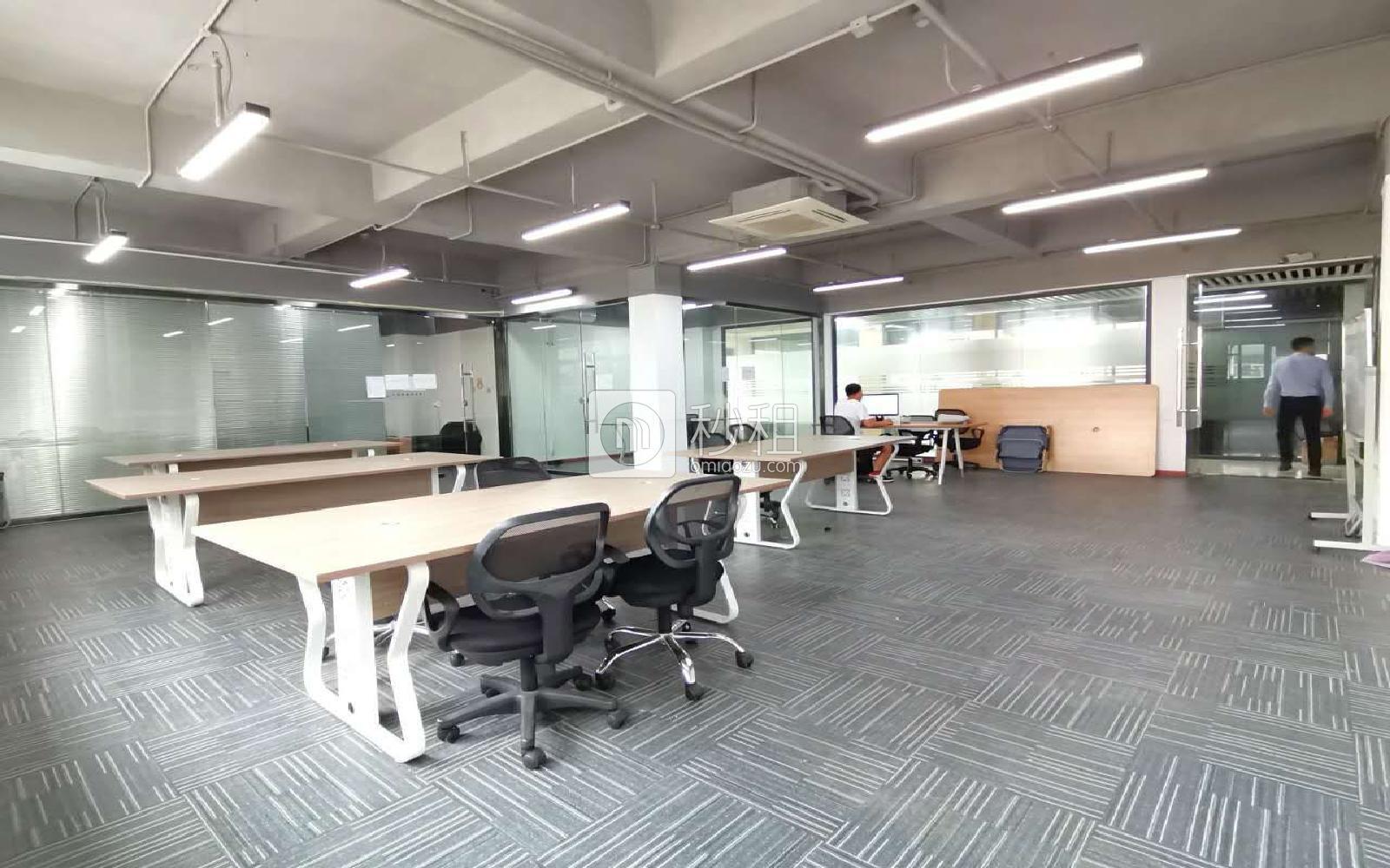 南油第四工业区写字楼出租206平米简装办公室65元/m².月