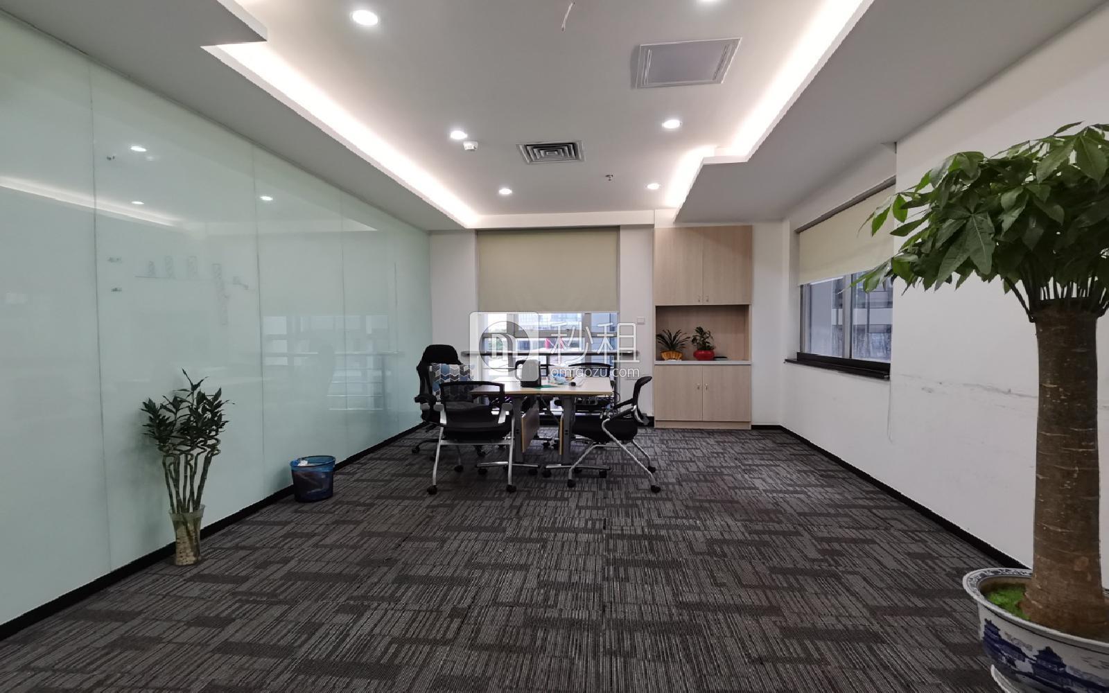 研祥科技大厦写字楼出租295平米精装办公室115元/m².月