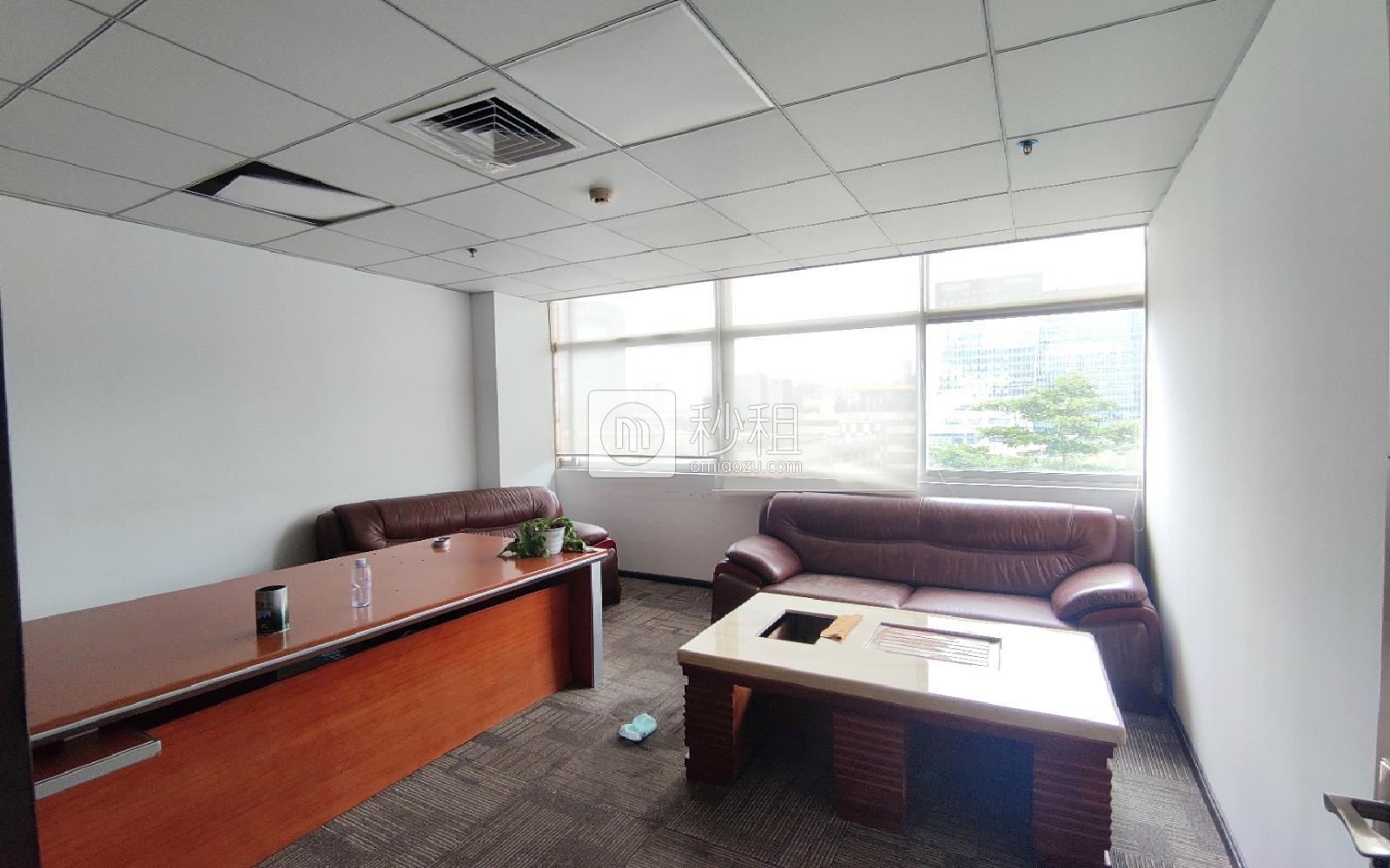 華瀚科技大廈寫字樓出租304平米精裝辦公室65元/m2.月