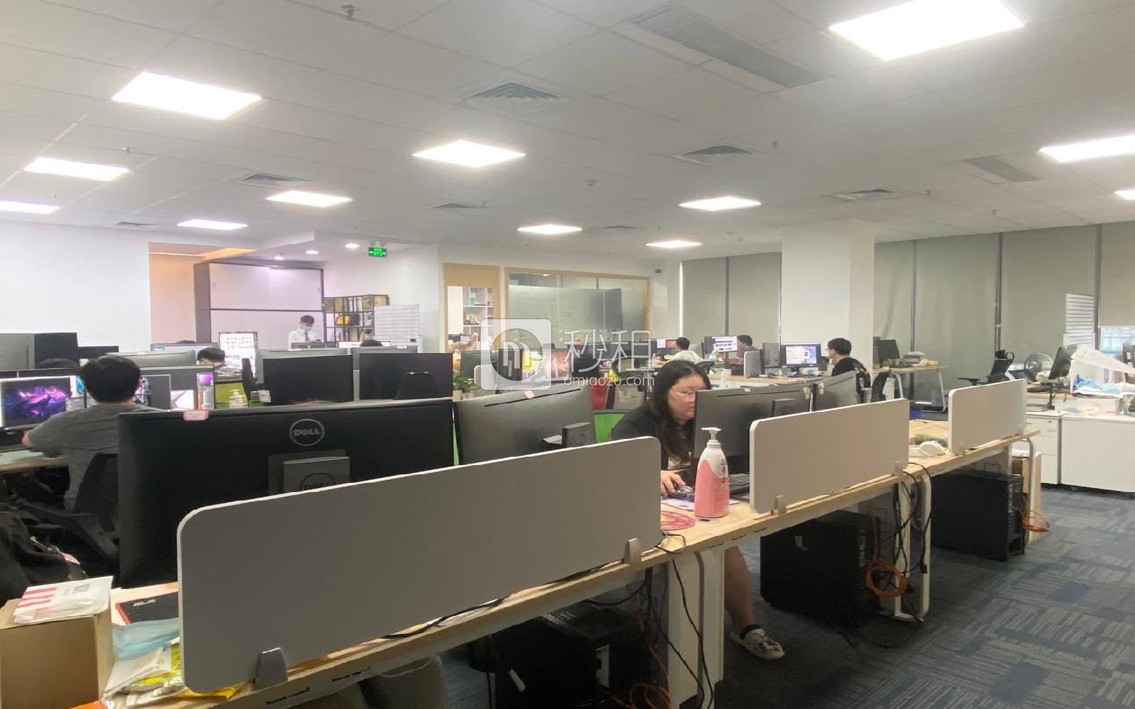 科興科學園寫字樓出租283平米精裝辦公室165元/m2.月