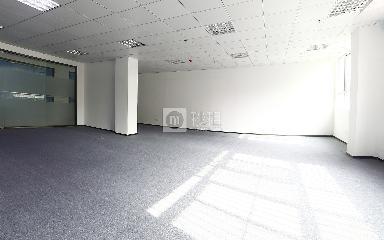 创兴达商务大厦写字楼出租148平米精装办公室48元/m².月