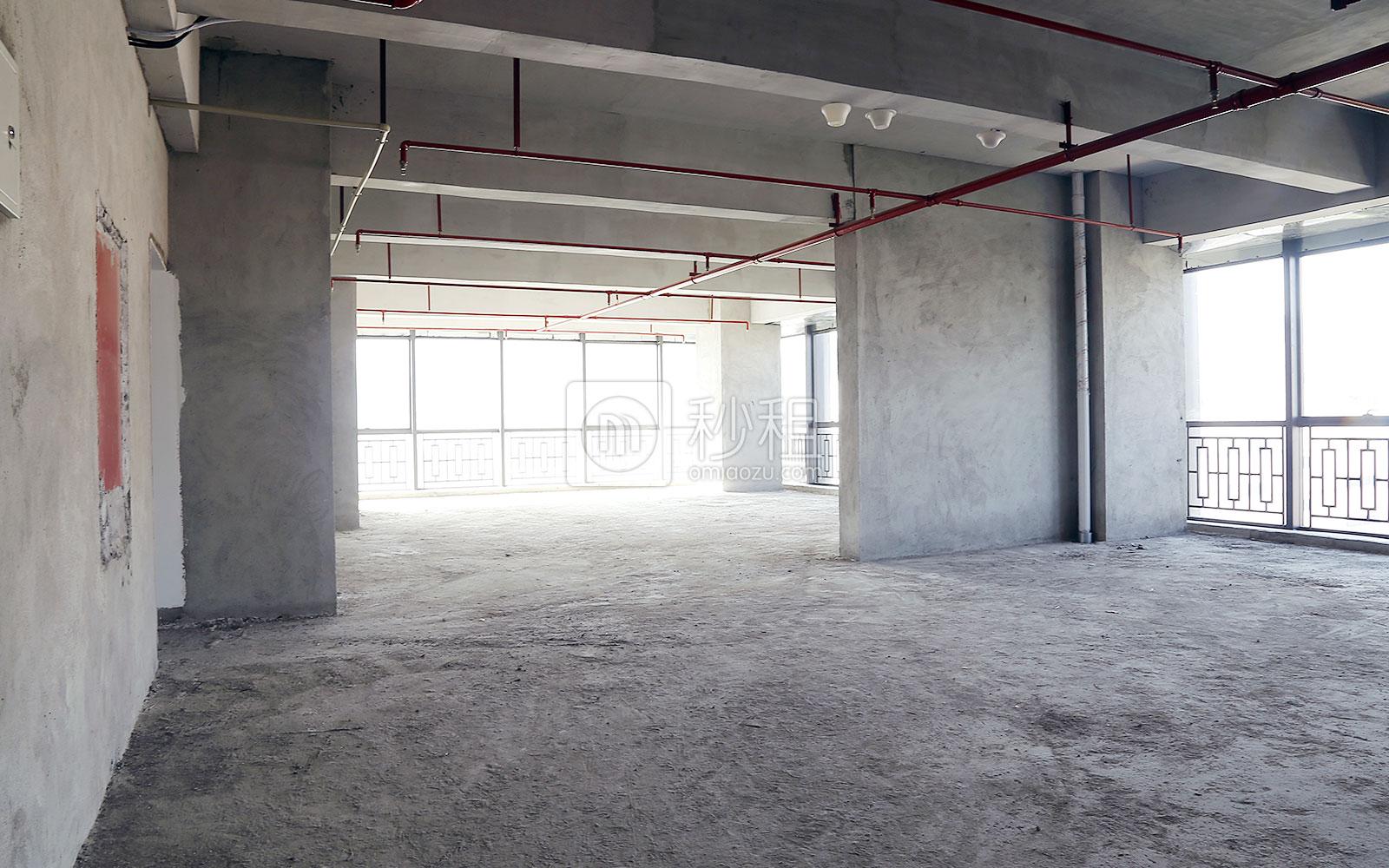博隆大厦写字楼出租226平米毛坯办公室85元/m².月