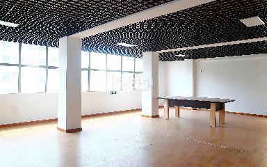 福美商务大厦写字楼出租120平米简装办公室30元/m².月